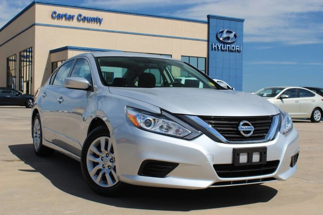Pre-Owned 2016 Nissan Altima LOW MILES AND RUNS SUPERBLY MUST OWN THIS