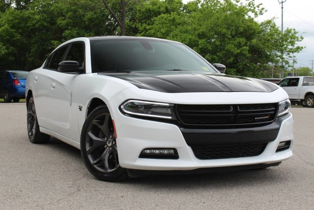 Pre Owned 2017 Dodge Charger R T 5 7l V8 Hemi One Owner Very