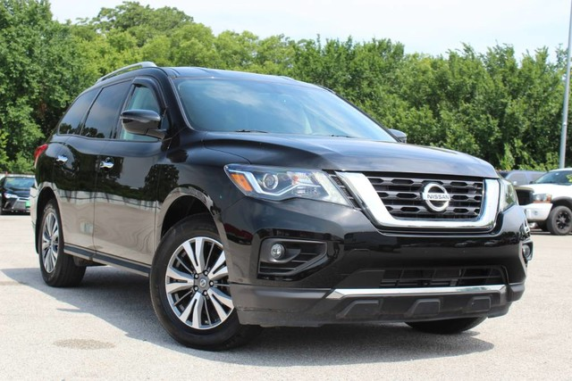 Pre-Owned 2017 Nissan Pathfinder SV ONE OWNER VERY LOW MILES GREAT CONDITION