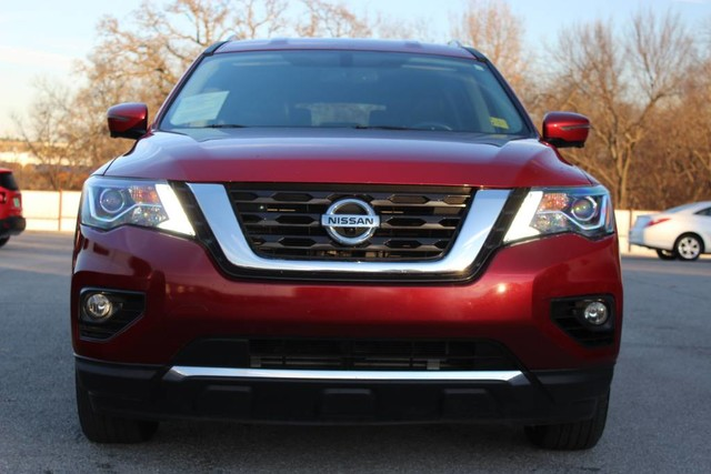 PRE-OWNED 2017 NISSAN PATHFINDER SL 4X4 LEATHER LOADED 360 CAMERAS ONE  OWNER FOUR WHEEL DRIVE SUVS