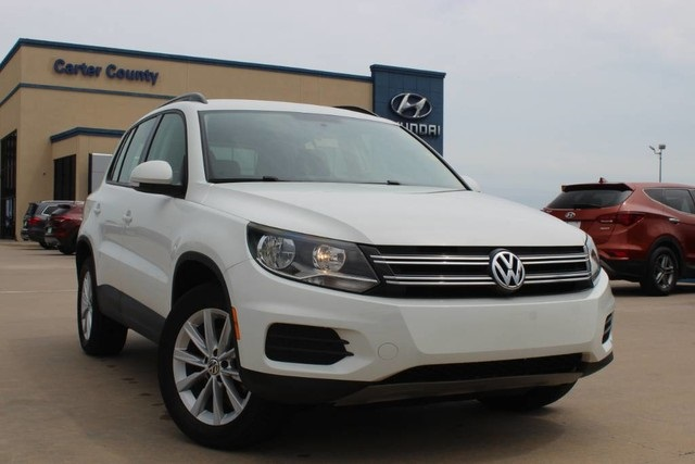 Pre-Owned 2017 Volkswagen Tiguan Limited S