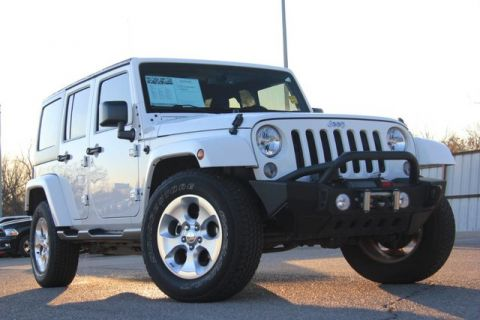 Pre Owned 2017 Jeep Wrangler Unlimited 4x4 Fully Loaded And Top Of The Line Low