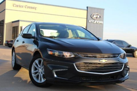 Pre-Owned 2018 Chevrolet Malibu LOADED AND LUXURIOUS WITH SUNROOF MUST SEE