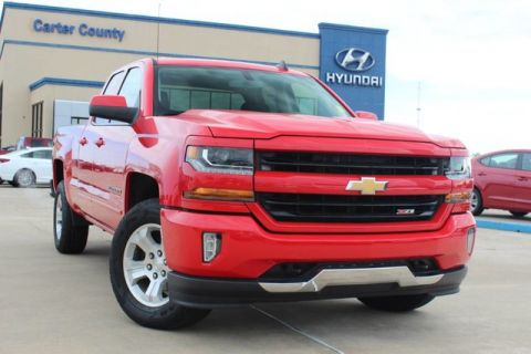 Pre-Owned 2017 Chevrolet Silverado 1500 LT LOW MILES ONE OWNER AND BEAST OF A TRUCK