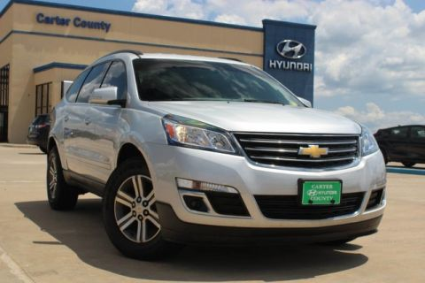 Pre-Owned 2017 Chevrolet Traverse LT LOADED WITH LOW MILES AND TONS OF LIFE MUST SEE