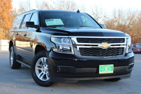 Pre-Owned 2017 Chevrolet Suburban LOADED LUXURY LOW MILES AND FACTORY WARRANTY
