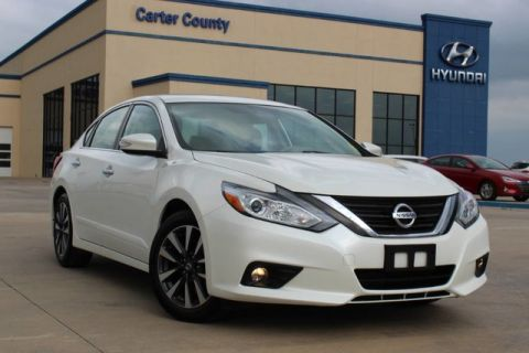 Pre-Owned 2016 Nissan Altima LOW MILEAGE CLEAN CARFAX AND PRISTINE ALL AROUND