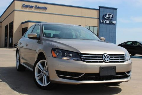 Pre-Owned 2015 Volkswagen Passat 2.0L TDI SE w/Sunroof LOADED AND PRISTINE ALL AROUND