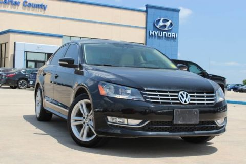 Pre-Owned 2015 Volkswagen Passat 2.0L TDI SEL Premium DIESEL, AND LOW MILES LOADED