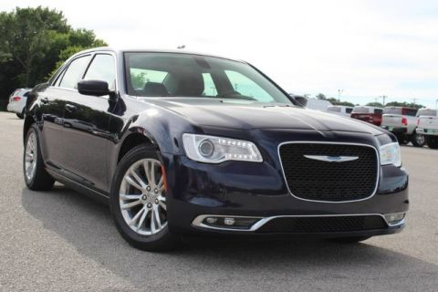 Pre-Owned 2017 Chrysler 300 Limited ONE OWNER FULLY LOADED VERY LOW MILES CLEAN CARFAX