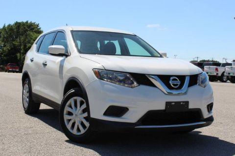 Pre-Owned 2016 Nissan Rogue S ONE OWNER VERY LOW MILES GREAT GAS MILEAGE