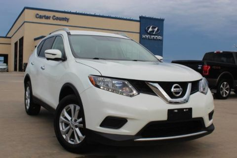Pre-Owned 2016 Nissan Rogue SV ONLY ONE OWNER AND LOW MILES MUST SEE